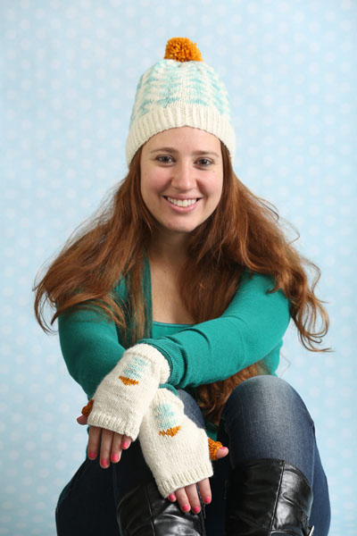 Arrowhead Hat and Mittens Set
