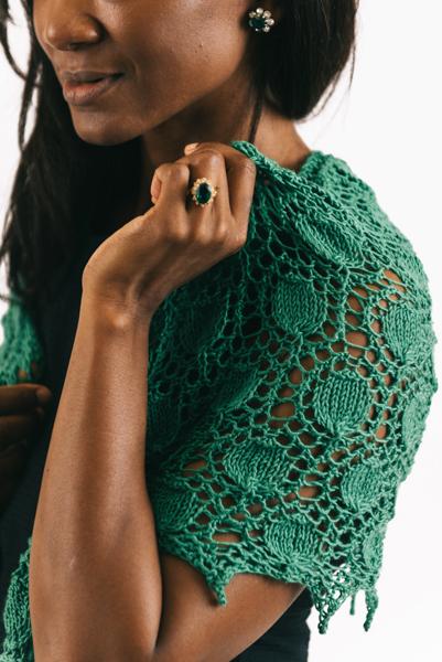 Emerald Shawl shoulder