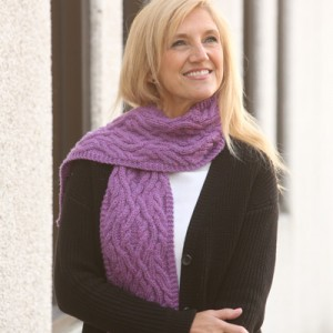 Intertwining Cables Scarf